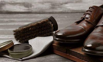 Schuhcreme und geputzte Schuhe